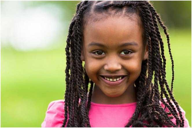 Afrikanische-amerikanische-kleine-Mädchen-Frisur